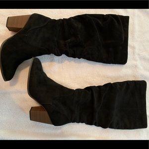Target Knee High with heel Black Boots